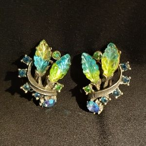 Jewelry - Signed Florenza Vintage Clip-on Earrings